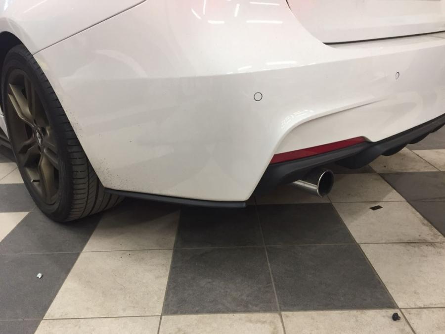 Накладки под задний бампер (Мини-лезвия) BMW 3-series (F30)