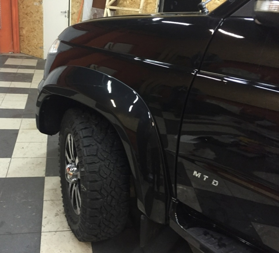 Расширители Арок УАЗ Патриот +30мм (окрашенные в цвет кузова)