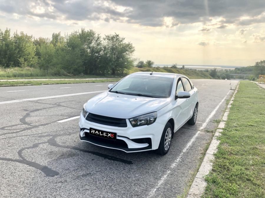 Передний бампер VESTA RS